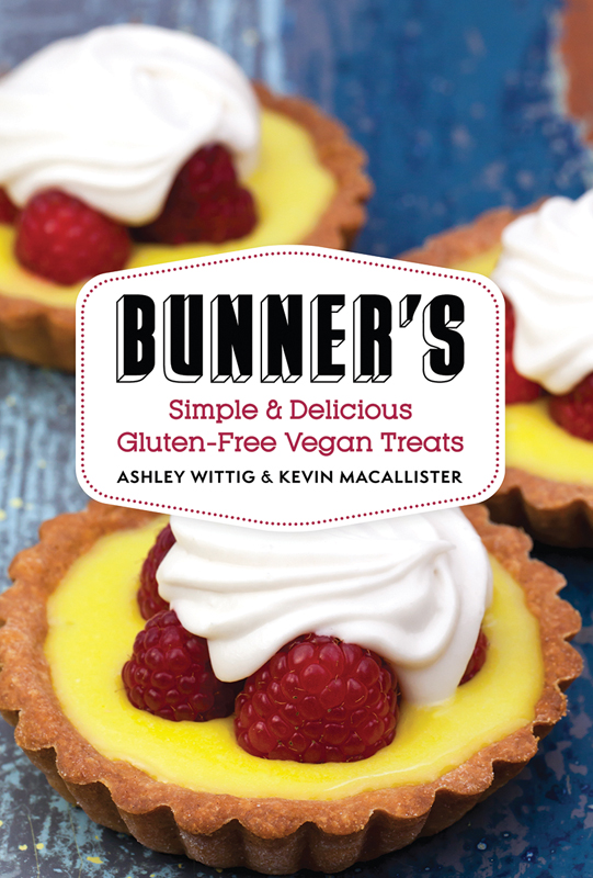 French Toast Cupcakes from Bunner's Bake Shop on She Let Them Eat Cake.Com #gfree #vegan